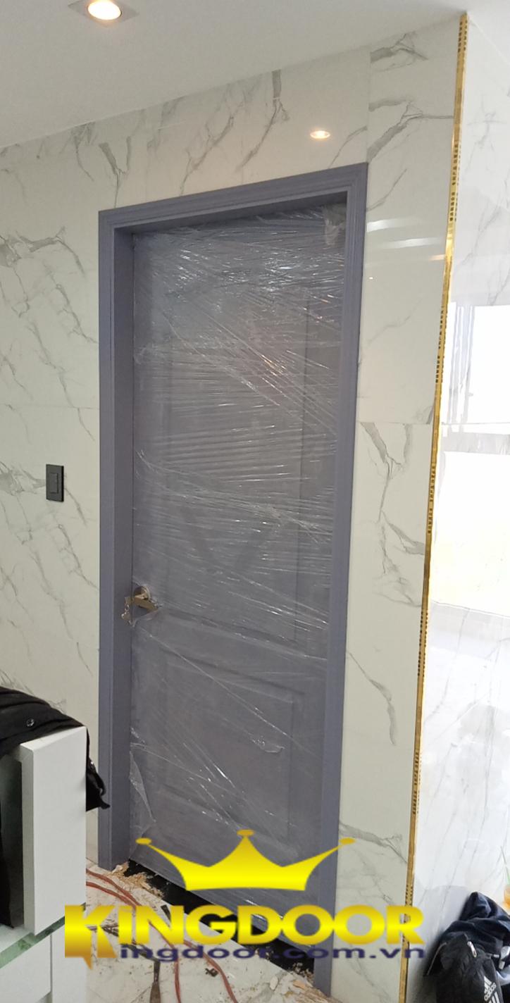 Cửa gỗ HDF sơn lặp tại Quận 7